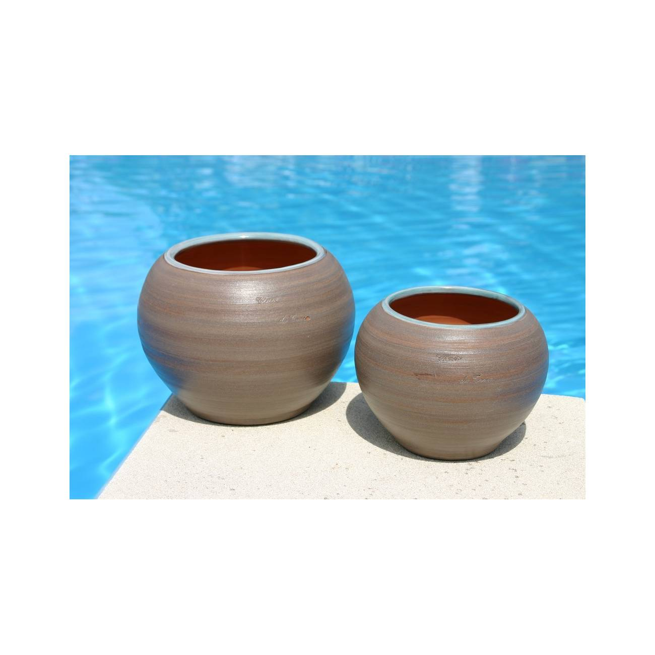 bor al galet bleu poterie bleue clair les poteries d 39 albi. Black Bedroom Furniture Sets. Home Design Ideas